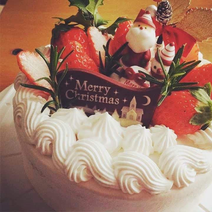 クリスマスケーキのご予約承ります